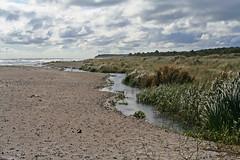 Bach am Grenaa Strand (Josef Sauerland) Tags: strand meer day cloudy bach grenaa denemark