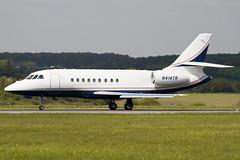 N414TR - 135 - Private - Dassault Falcon 2000EX - Luton - 090429 - Steven Gray - IMG_7786