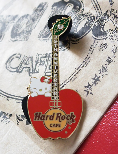 Hard Rock Cafe x Hello Kitty
