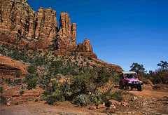 """Pink Jeep at Chicken Point_2016a (""""Master of Images"""") Tags: arizona jeep jeeps sedona redrock pinkjeeptours 4wheel outdoorlife chickenpoint brokenarrowtrail"""