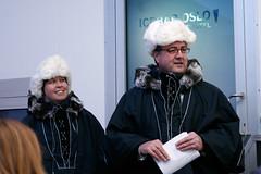 Administrerende direktør i Thon Hotels Morten Thorvaldsen og direktør i ICEBAR by ICEHOTEL Agnetha Lund åpnet pressevisningen.