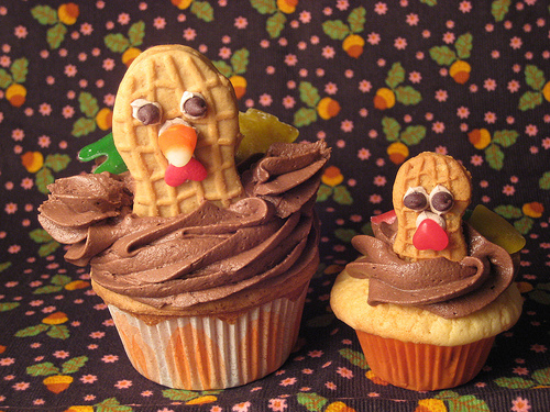 Turkey Cupcake Tutorial c/o Meringue Bake Shop
