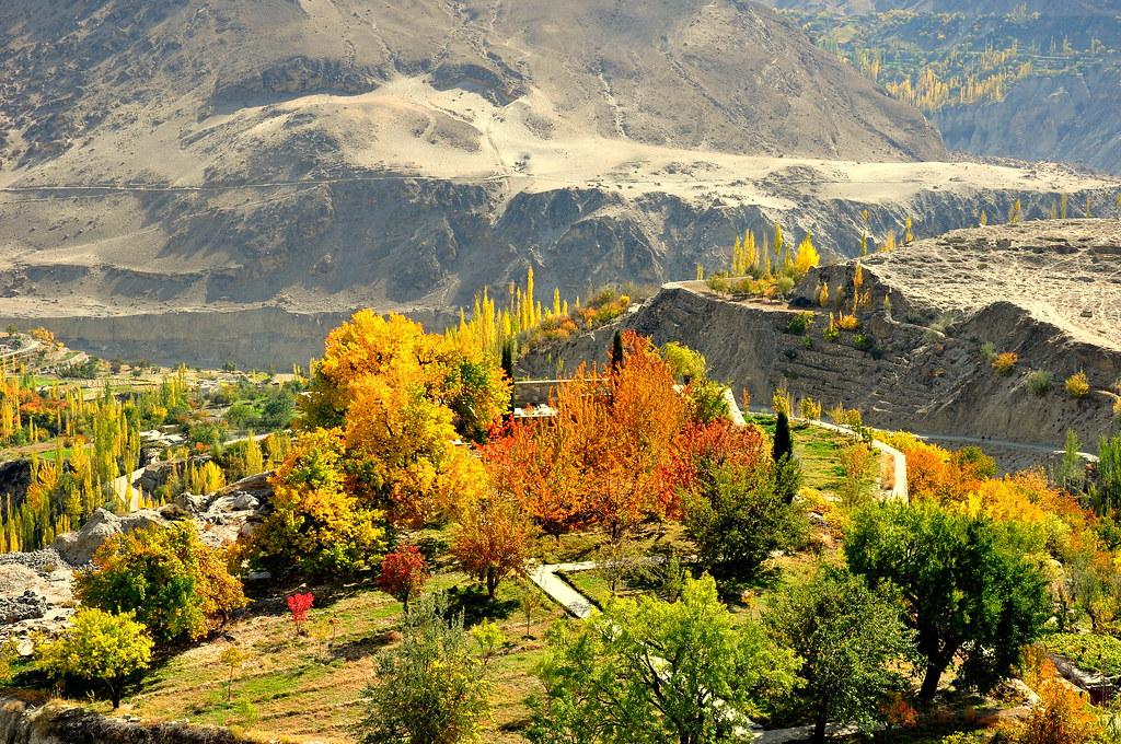 4125206706 d95a1d62bf b - Stunning Beauty Of Hunza Valley Pakistan