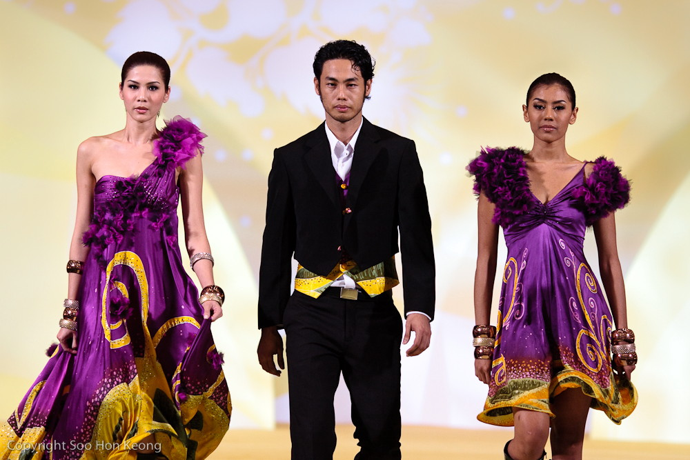 Piala Seri Endon 2009 - Heat 1 - 21st Nov 2009 - Designed by Vogue Girls - Theme Reborn
