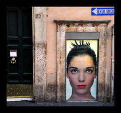 senso unico (managerri) Tags: italy rome roma window poster oneway vetrina fontanaditrevi sensounico advertaising