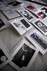 Exposición Tatán - Noviembre 2009 (InVa10) Tags: red españa white black art blanco canon eos spain rojo exposure artist arte negro drawings badajoz dibujos artista exposición extremadura tatan inva 450d