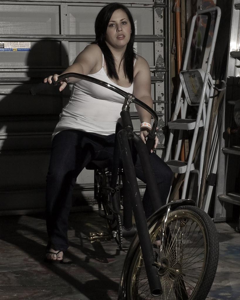 12/6/09 - Bobbi/Bike