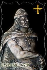 DON PELAYO (PERTEGON) Tags: travel history photoshop spain nikon king asturias viajes micro rey nikkor historia pelayo heroe leyenda covadonga retoque 105mm reconquista donpelayo nikkor105mmmicro visigodos photoshopcreativo pertegon