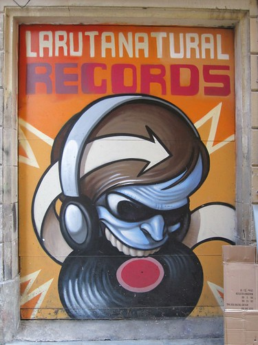 Larutanatural Records