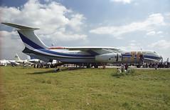 76900 - Moscow Zhukovsky (ZHU) 17.08.2001 (Jakob_DK) Tags: 2001 maks2001 zia uubw moscow moscowzhukovsky tapc tashkentproductionplant tashkentaircraftproductionplant ilyushin ilyushin76 ilyushin76mf il76 il76mf candid cargo