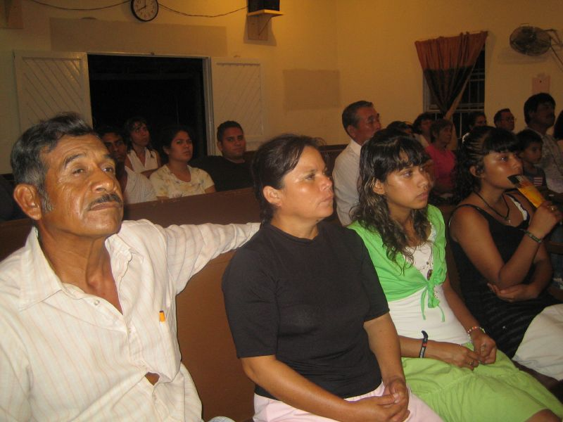 Valle Hermoso Church Service