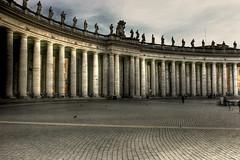 Il colonnato di piazza s. pietro