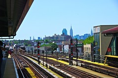 PIC_1762 (Marcus Woollen) Tags: nyc subway queens empirestatebuilding 7train elevatedtrain jacksonheights cititower