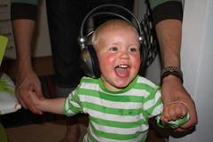 Hemma lyssnas det en del på musik