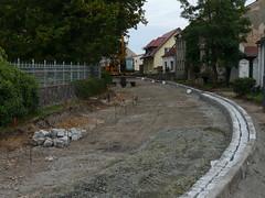 Sanierung Dorfstraße: An der Friedhofsmauer