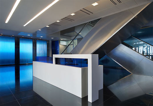 Modern Commercial Bank Interior in Abu Dhabi:: Classic Home