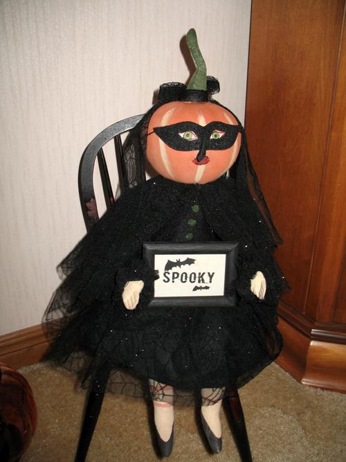 Spooky Lady (1)