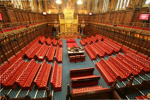 800px-House_of_Lords_chamber_-_toward_throne