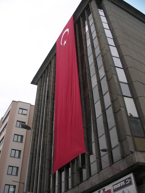 Hatalmas török zászló