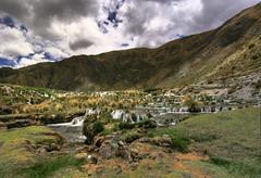 Huancaya - Caminos (Dersondesgotes -Emilio Ura) Tags: naturaleza verde peru cuzco agua paisaje campo laguna hdr catarata cascada huancayo huancaya caida
