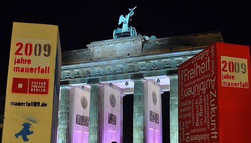 Dominosteine am Brandenburger Tor (52)