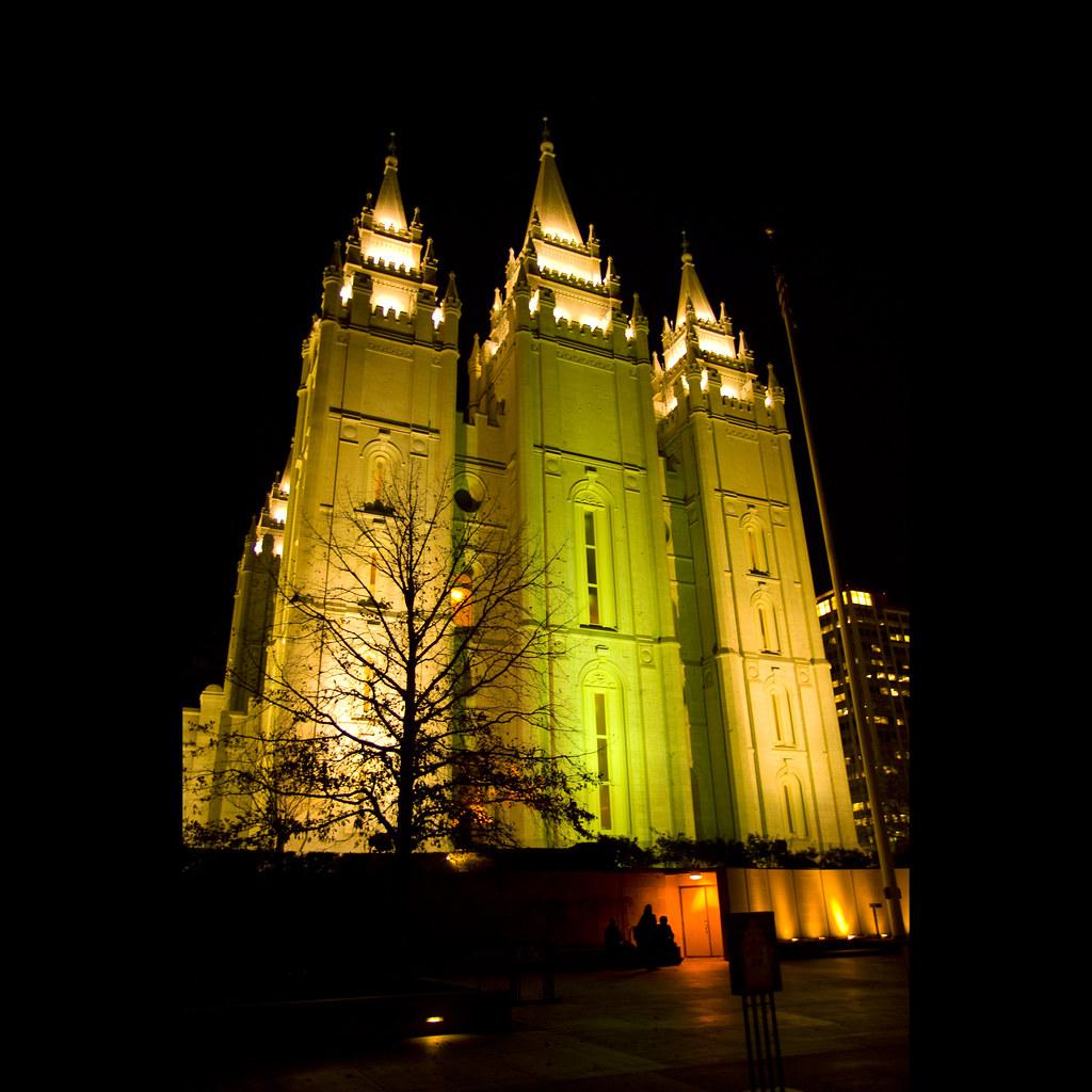 Lds aus der Kirche Verstärker zu Tür