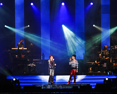 Concert 2009 @ Bukit Jalil (Wesley Wong @ Giclee Art) Tags: concert nikon malaysia kualalumpur 2009 d3 highiso bukitjalil hackenlee alantam 75150