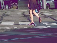 (N.Extraordinary) Tags: street marilyn monroe across giveagirltherightshoesandshecanconquertheworld