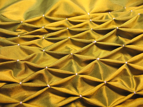 manipulation fabric - honeycomb smock detail