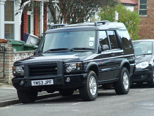 Land Rover Discovery Td5 2004. 2004 Land Rover Discovery 2 GS