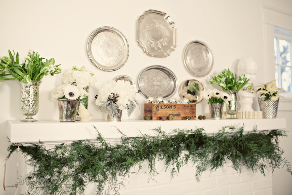 7HOLIDAY03-winter-flowers-and-decor