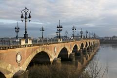 Pont de Pierre de Bordeaux (Tchou') Tags: bridge france bordeaux pont pontdepierre garonne