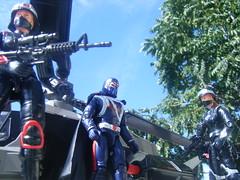 COMMANDERS ESCORT #2 (FLATLINE54) Tags: night toys cobra rebecca action joe stalkers plastic convention figure bristow gi commander hasbro 334