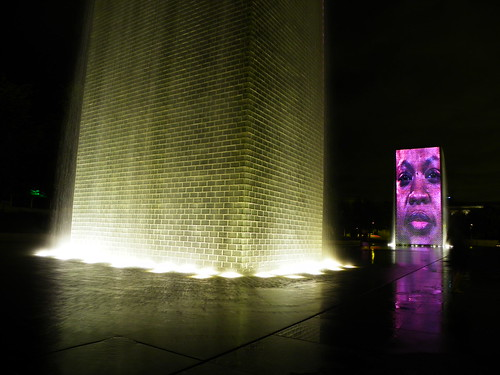 Chicago Millenium Park - The Crown Fountain