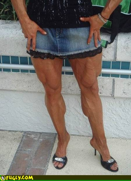 woman_with_very_muscular_legs