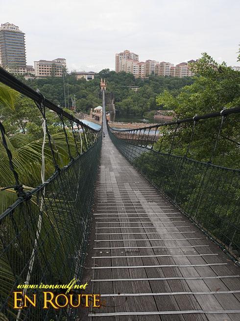 Sunway Lagoon Resort  Pedestrian Suspension Bridge