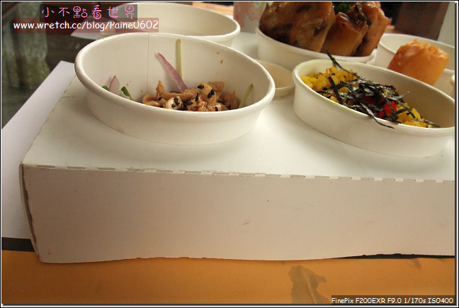 紙箱王用餐