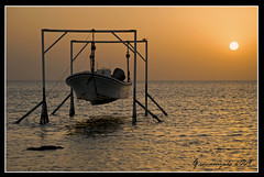 Sunrise at Askar waters (Gabby Canonizado) Tags: sunrise bahrain nikon gabby askar sitra greatphotographers d80 canonizado gabbycanonizado gabrielanthonycanonizado askarsitra askarsitrabahrain sunriseataskarwaters ideaofaheaven