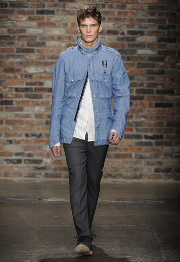William Eustace3035_SS10_NY_Rag and Bone(WWD)