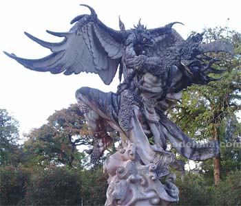Patung Rahwana dan Jatayu