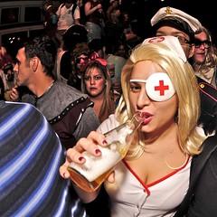 _REK3145 (rekanize) Tags: street new halloween st french costume nikon orleans cosplay fisheye quarter gary 105 nikkor donovan 2009 f28 marigny fong frenchman faubourg d300 lightsphere sb800 fannon rekanize rockthediscontent