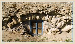 IMG_5500 The forgotten door (jaro-es) Tags: door espaa canon spain puerta bladerunner spanien rarity dvee spanelsko eos450