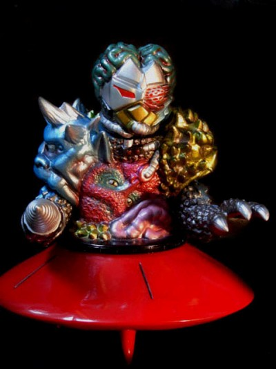 Toygraph K.I. Creature on Flying Saucer