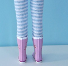 Light blue stripes tights for Blythe!