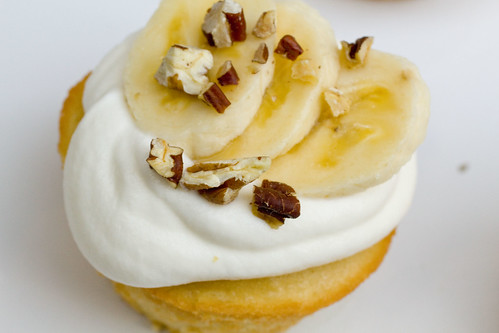 Banana Nut Maple Cupcake 2