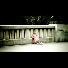 #114 (photo_worker) Tags: street bridge oslo norway canon kid flickr estrellas 500d