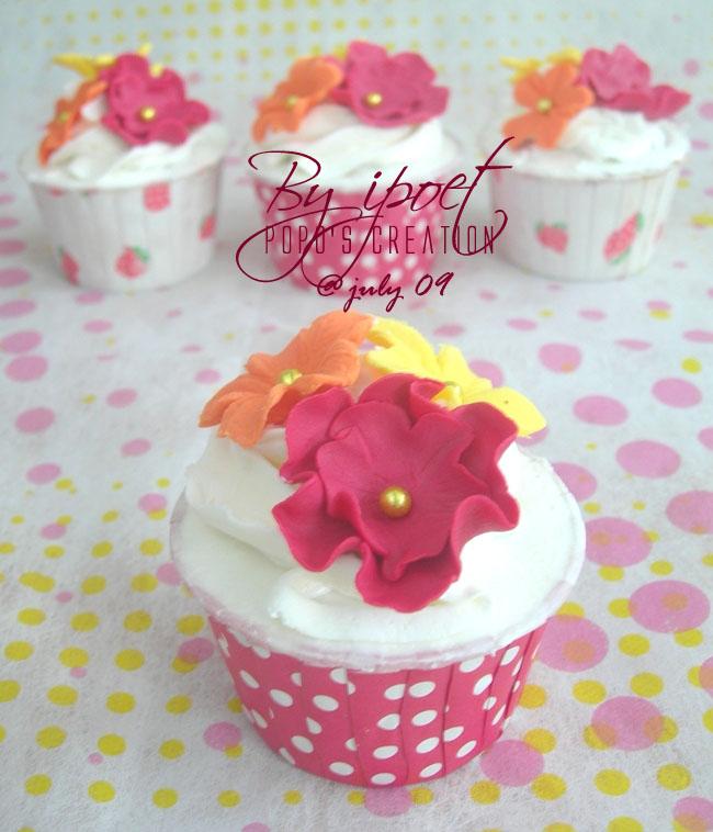 Fuschia Cupcake
