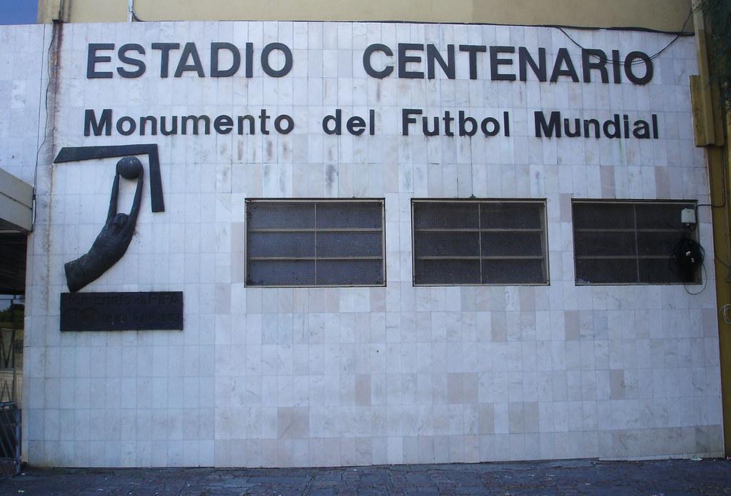 MONUMENTO DEL FUTBOL