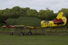 G-YFUT - 888410 - Private - Bacau Yak-52 - Little Gransden - 090830 - Steven Gray - IMG_0634