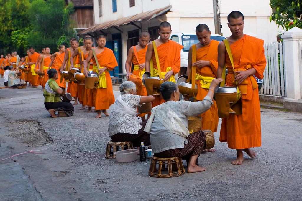 Alms ceremony Luang Pranbang